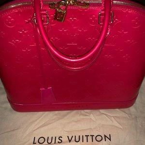 Authentic LIMITED COLOR Louis Vuitton Alma PINK